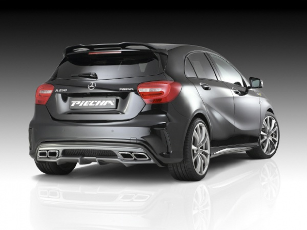 PIECHA MERCEDES A AMG STYLING PACK 3